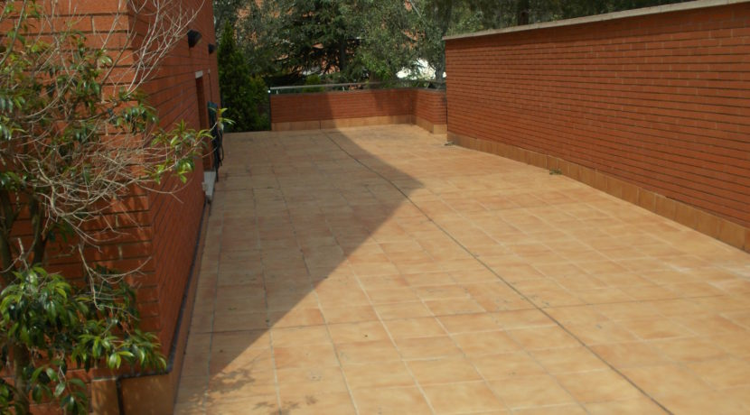 Terraza lateral piso